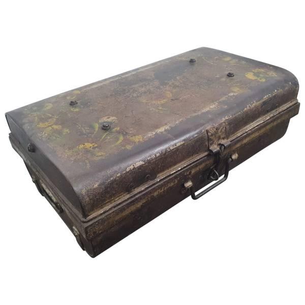 Alter Koffer Metall Vintage Metallkoffer alte Kiste Metalllkiste shabby Unikat 3