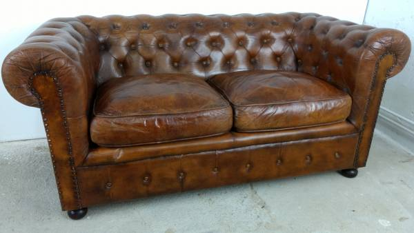 Sofa Couch Lounge Chesterfield 2 Sitzer Leder Antik Look Design Art Deco 50er