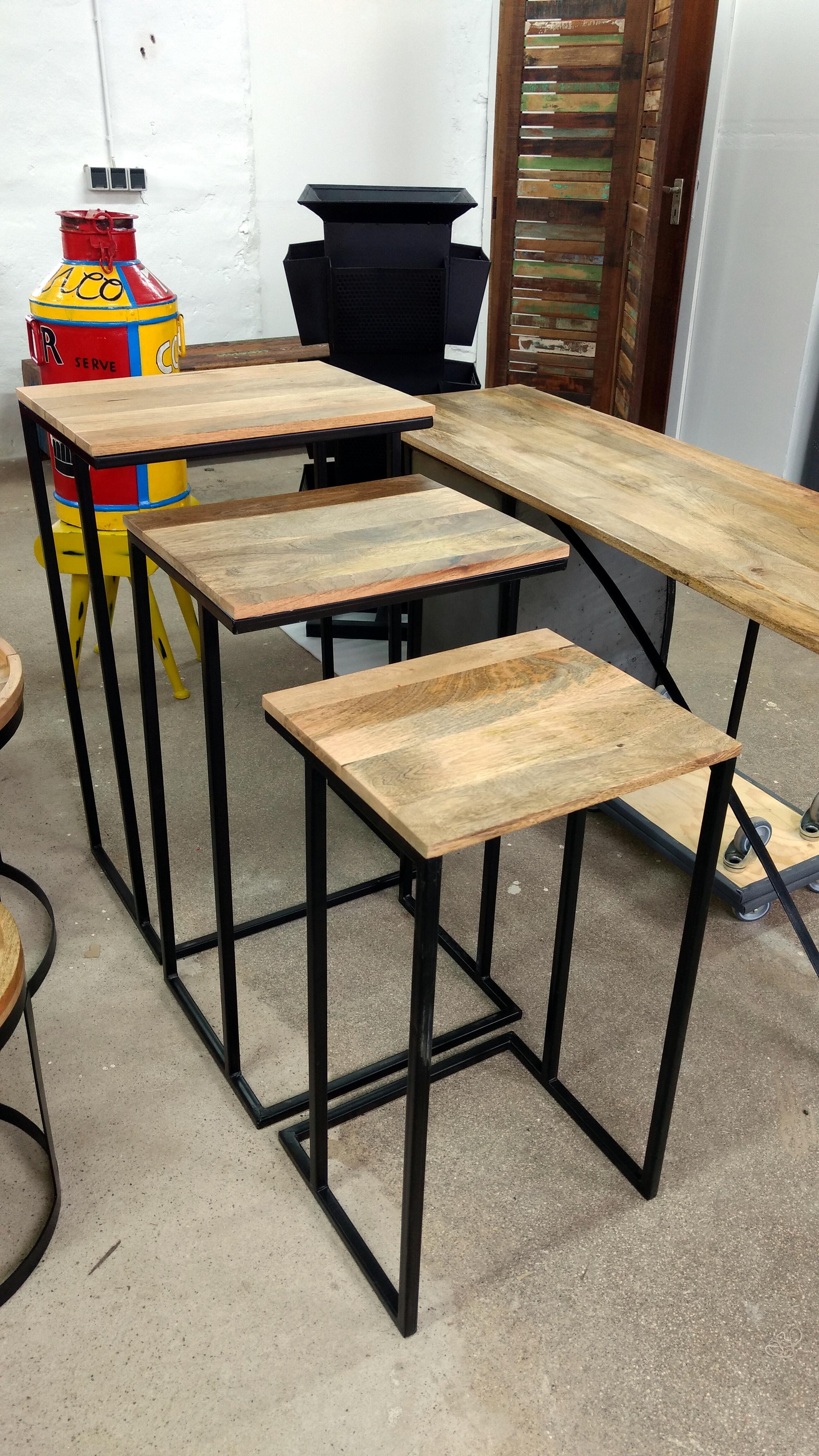 beistelltisch ablagetisch 3er set mango metall massivholz. Black Bedroom Furniture Sets. Home Design Ideas